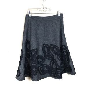 Boden Gray wool blend floral embroidered skirt 8